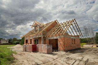 Dom-jednorodzinny-teraz-bez-pozwolenia-na-budowe-Wystarczy-zgloszenie-153605-900x900.jpeg