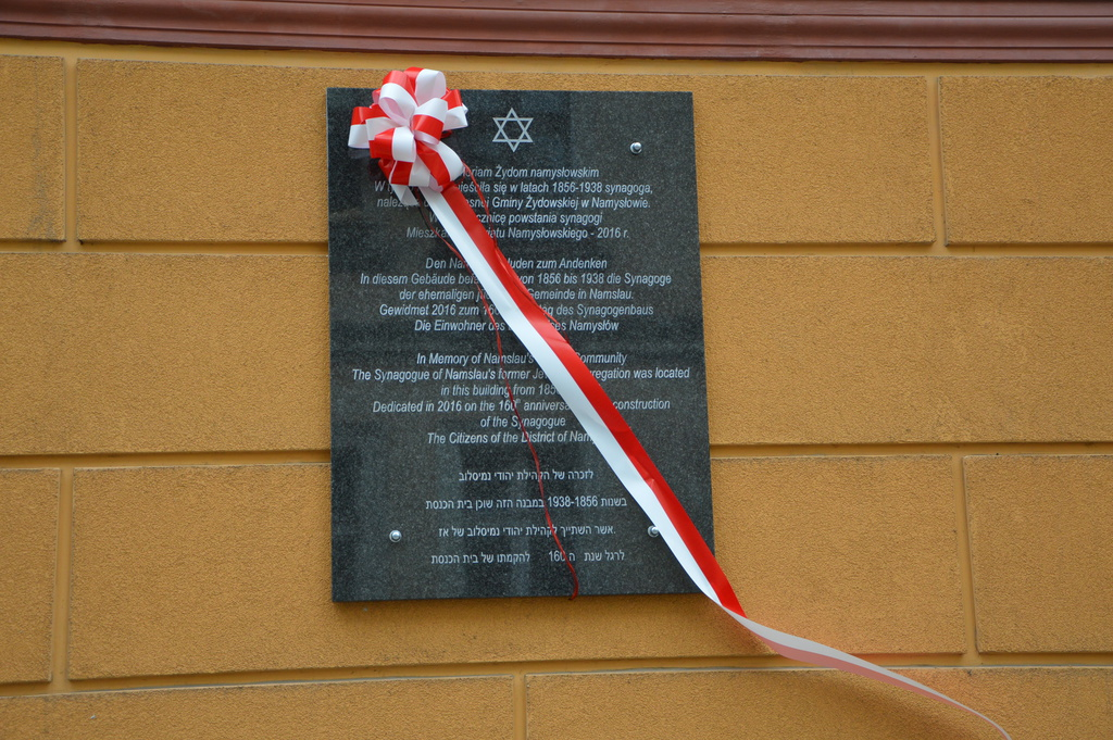 Odsłonięcie tablicy upamiętniającej namysłowskich Żydów 022.jpeg