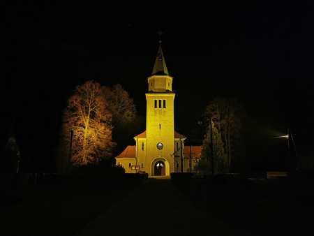 Kościół Najświętszego Serca Pana Jezusa - gmina Świerczów, powiat namysłowski