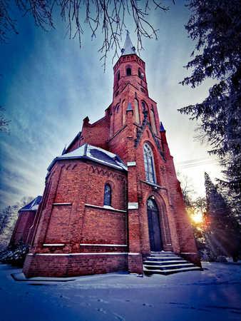 Kościół Niepokalanego Poczęcia NMP w Kowalowicach - gmina Namysłów, powiat namysłowski (fot. Barbara Jarmuszewska)