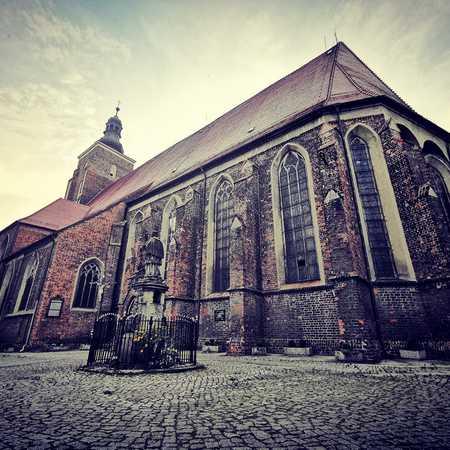Kościół pw. św. Apostołó Piotra i Pawła w Namysłowie - gmina Namysłów, powiat namysłowski (fot. Barbara Jarmuszewska)