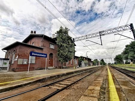 Stacja PKP w Domaszowicach - gmina Domaszowice, powiat namysłowski (fot. Basia Jarmuszewska)